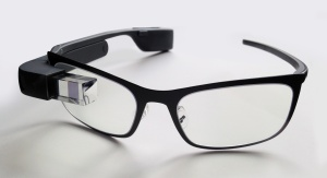 wikimedia-Google_Glass_with_frame