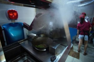 psfk-Robots-restaurant-kunshan-700x468