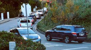 abcnews.go-AP_los_angeles_traffic_app_jtm_141215_16x9_608